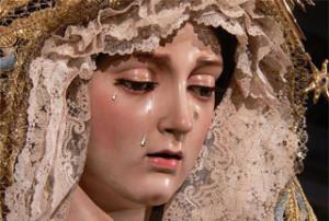 El Gobierno condecora a la virgen María Santísima del Amor con la Medalla de Oro al Mérito Policial