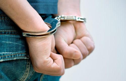Detenido en Vigo un joven por agredir a su pareja en la vía pública