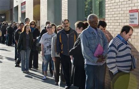 Personas menos inscritas en las oficinas de empleo for Oficina empleo vigo
