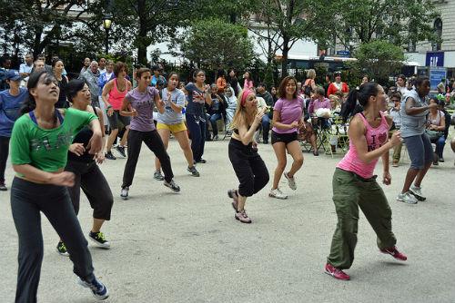 Evento solidario de zumba y baile en Samil