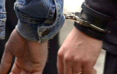 Arrestados dos falsos guardias civiles que ofrecían empleo a cambio de dinero en Madrid
