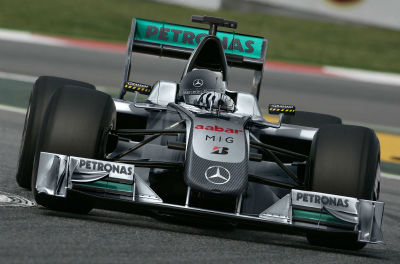 Mercedes reconoce que si Hamilton no sigue, Alonso es su primera opción para 2016