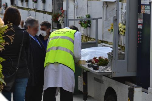 Exhuman en A Coruña, por segunda, vez los mismos restos para aclarar un caso supuesto de bebé robado