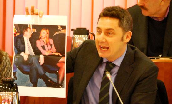 El Pleno del Concello desciende al nivel de campaña electoral