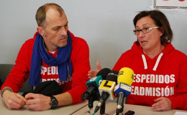 Eduardo Davila y Chus Neira junto con Carmen Couto llevan una semana en huelga de hambre/Tresyuno Comunicación