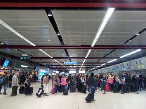 Aeropuerto de Luton/Tresyuno Comunicación
