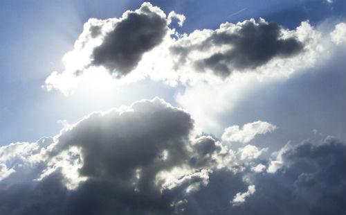 Este lunes, nubes y claros, con temperaturas similares a las de este domingo