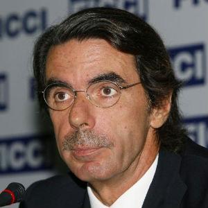 Aznar arremete contra Rajoy por los resultados del Partido Popular en Cataluña