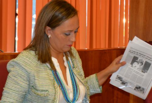 La portavoz municipal del PP, este lunes, durante el Pleno/Tresyuno Comunicación