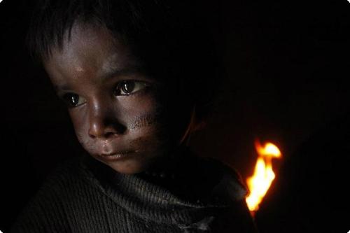 Unicef alerta de que la escasez de suministros esenciales amenaza a millones de niños en Nepal este invierno
