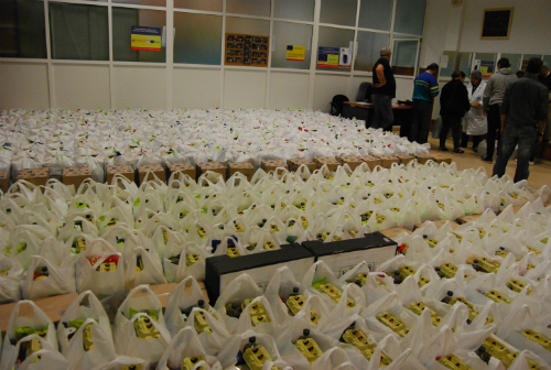 Cientos de bolsas preparadas este martes en AFAN/Tresyuno Comunicación