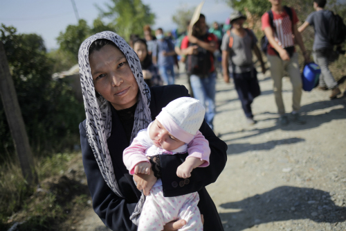 Refugiados en la frontera entre Serbia y Macedonia/Foto:Felipe Carnotto para vigoalminuto.com