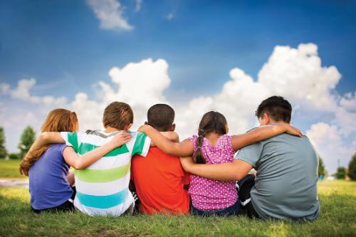 300 nenos e nenas para os campamentos de verán no Príncipe Felipe