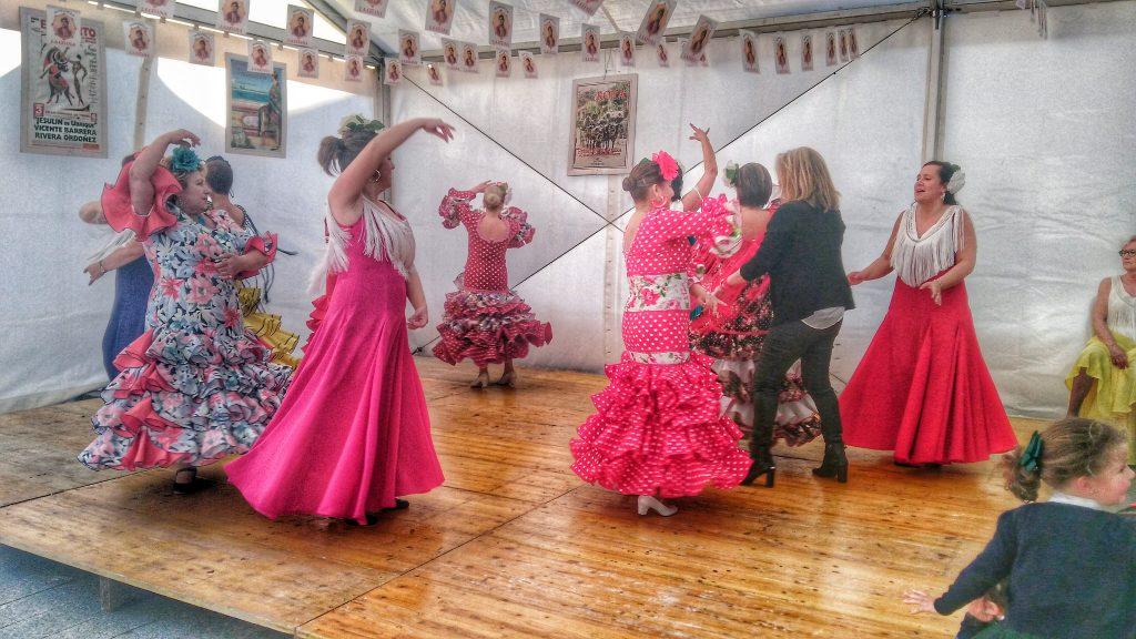 Montero Ríos se viste de faralaes