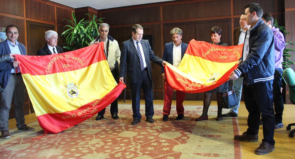 La ETEA acoge el Campeonato de España de bateles
