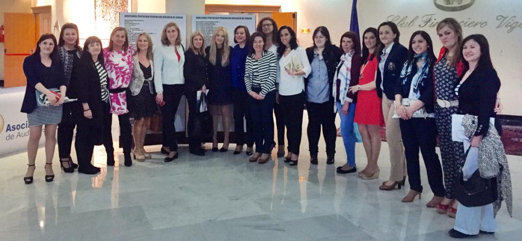 Más 150 organizaciones gallegas se suman a un protocolo pionero para detectar violencia de género en las empresas