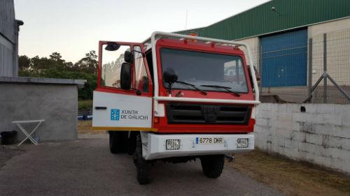 Mos incorpora un nuevo camión motobomba antiincendios y sigue siendo una referencia en la lucha contra el fuego