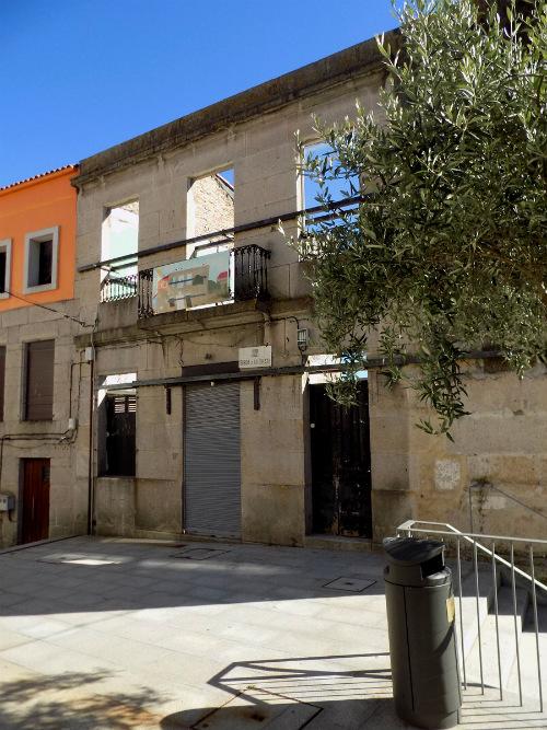 Empeza a recuperación dun novo edificio na rúa Subida a Costa, no Casco Vello de Vigo