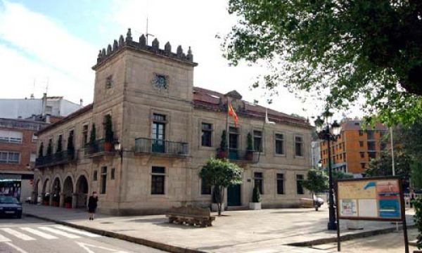 A Xunta investirá 160.000 euros na rehabilitación da avenida de Mendiño e na humanización do pavillón da Marisma, en Redondela