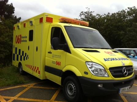 ambulancia-amarilla-061-1