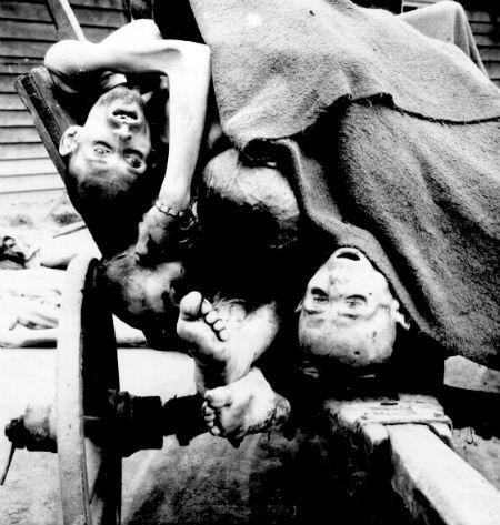 La reedición de 'Mein Kampf', la obra del genocida Adolf Hitler, arrasa en ventas en Alemania