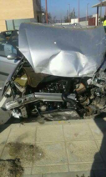 Arrestado tras circular 40 kilómetros en sentido contrario y empotrar su vehículo contra un coche de la Guardia Civil