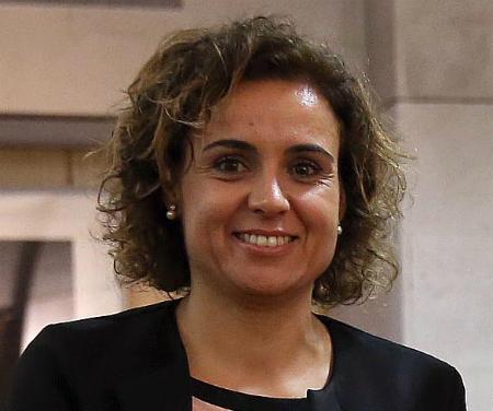 La ministra de Sanidad adelanta que se subirá el copago farmacéutico a los jubilados que cobren entre 18.000 y 100.000€