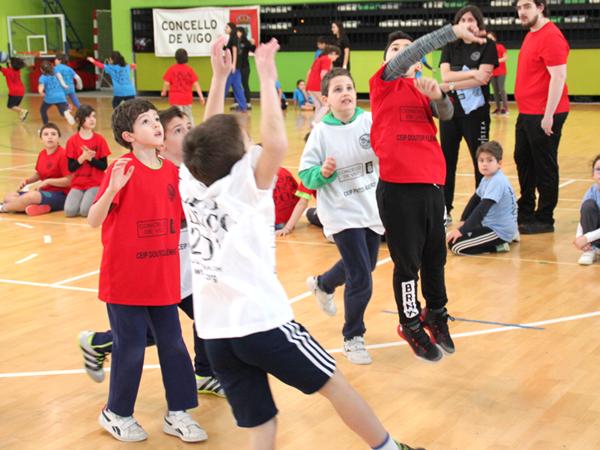 Gran participación no inicio das Ligas Linco Concello de Vigo organizadas polo Seis do Nadal-Coia de Baloncesto