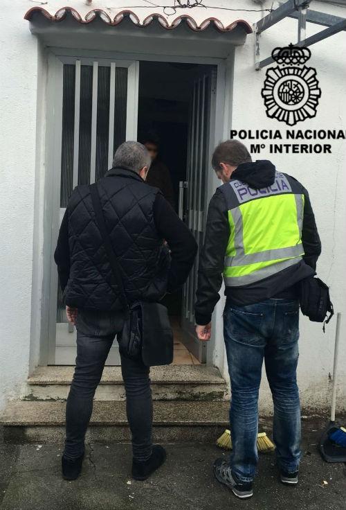 @policia detiene en Vigo a 4 personas que introducían ilegalmente en España a ciudadanos guatemaltecos