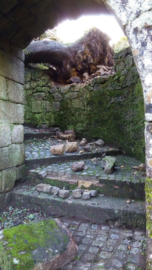 @depo_es prorroga indefinidamente o peche do Castelo de Soutomaior logo dos danos causados polo temporal