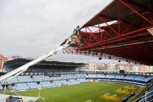 Los técnicos revisan este lunes la cubierta de Río de cara al partido Celta-Shakhtar de la Europa League