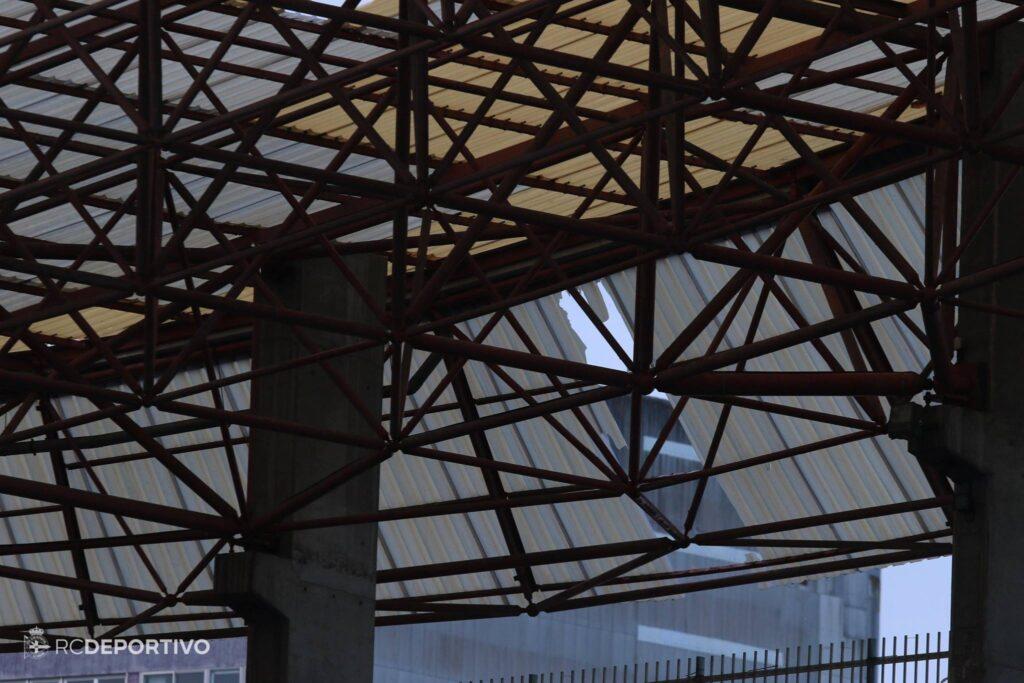 Suspendido el partido Depor-Betis a causa de los daños causados por el viento en el Estadio de Riazor