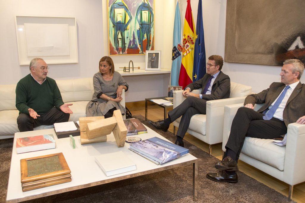 @carmelasilva propón a @FeijooGalicia a transferencia á Xunta dos centros nos que a @depo_es non ten competencias