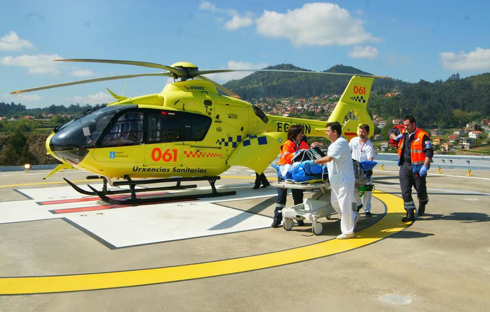 Evacuado en helicóptero desde Mos tras caerle encima de las piernas un palé de casi 2 toneladas