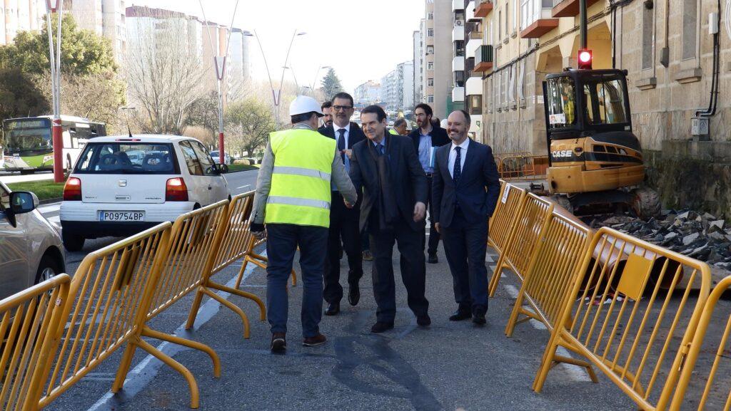 Empeza a unha nova humanizacion de Castelao e a primeira parte do carril bici da Avenida de Europa