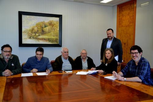 Vecinos de Teis expresan a la delegada de Zona Franca su apoyo a la instalación del Campus do Mar en la ETEA