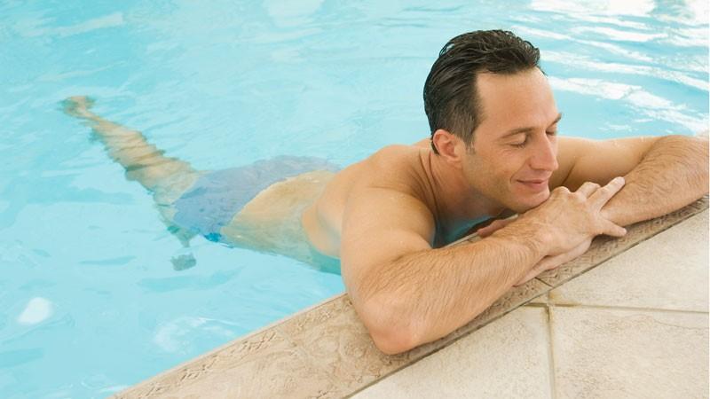 Confirmado científicamente: la gente hace pis en las piscinas y jacuzzis