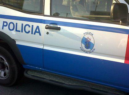 El niño de 5 años que pasó 9 horas solo en su casa de Ourense, ya está con su madre