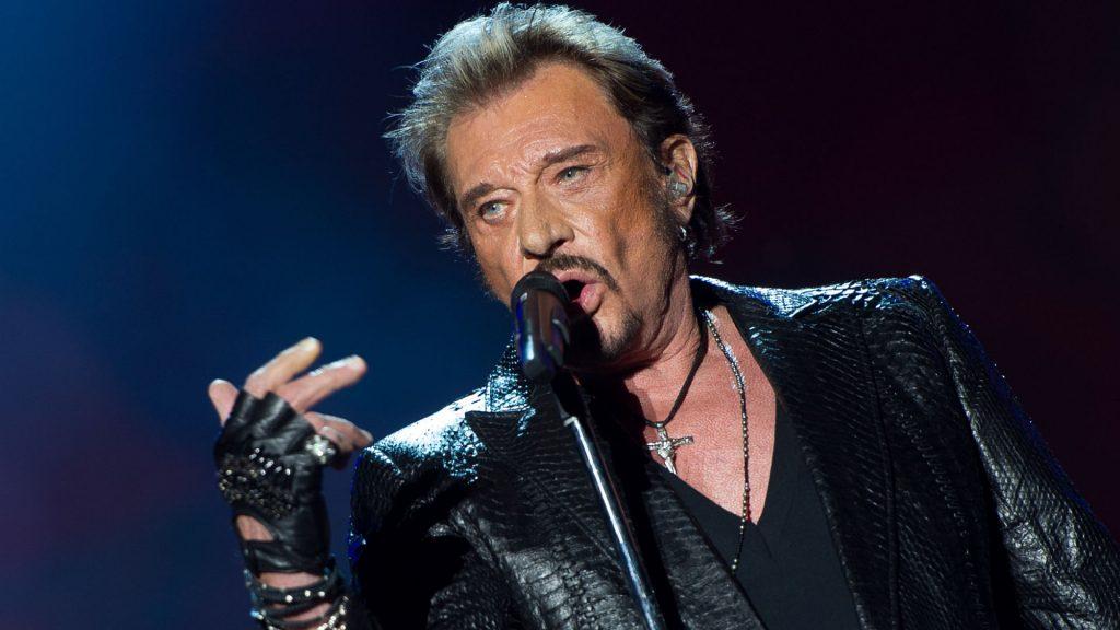 """La estrella del rock Johnny Hallyday anuncia que tiene cáncer """"pero mis días no corren peligro"""""""