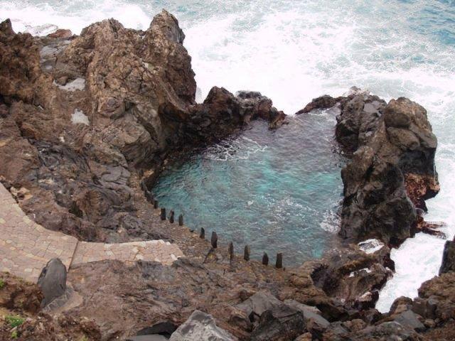 Muere en Tenerife un joven de Pontevedra que intentaba auxiliar a una turista que se bañaba en Santiago del Teide