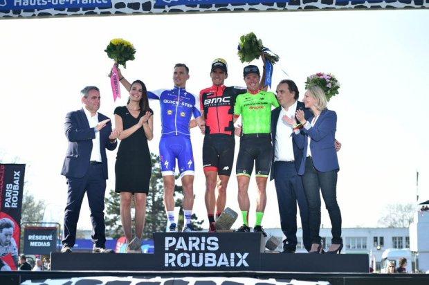 Van Avermaet reina en Roubaix