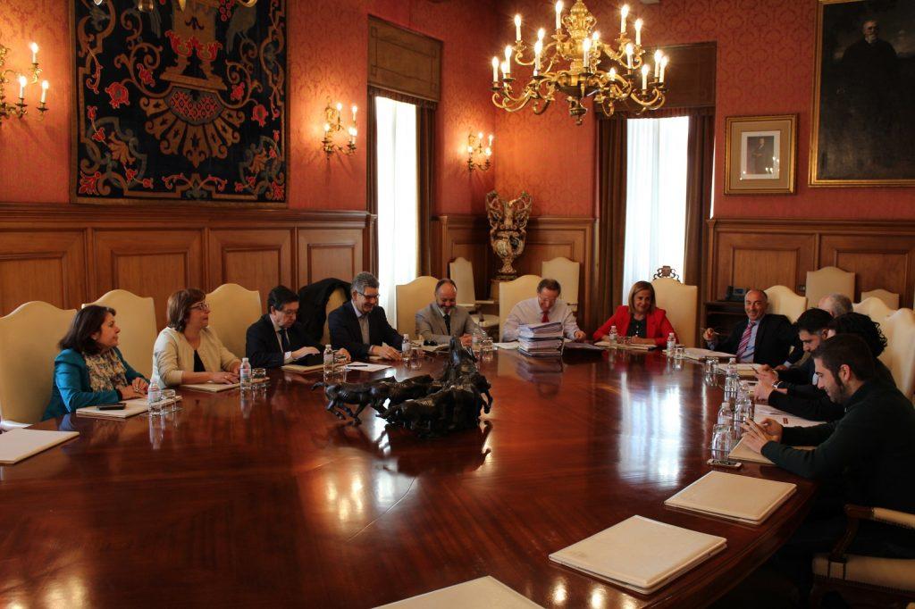 @depo_es aproba preto de 300.000€ do Plan Concellos para A Estrada, A Guarda, Moaña e Ponteareas.