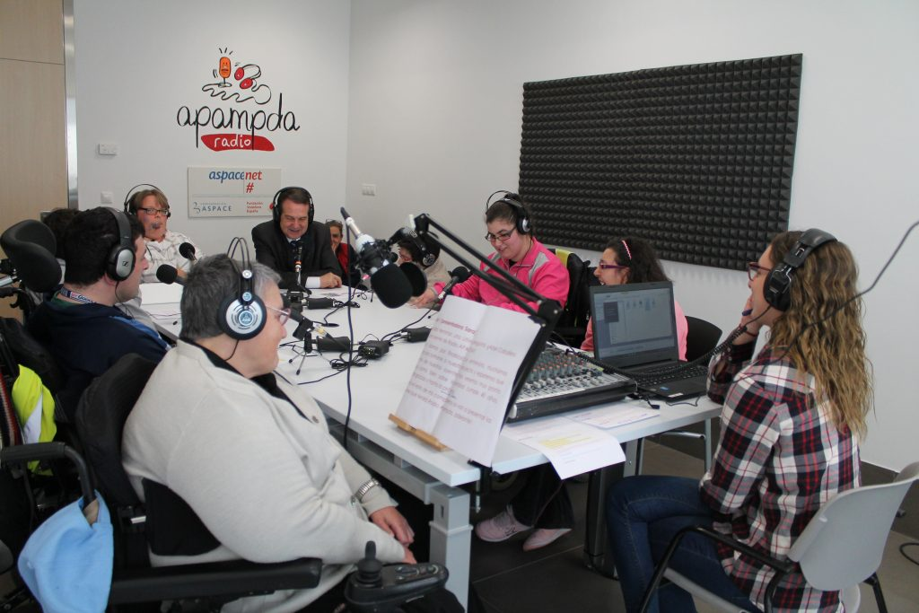 Bienvenidos nuestros nuevos compañeros de Radio APAMPDA en Vigo