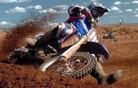 Herido en accidente uno de los pilotos que disputan el Campeonato de España de Motocross en As Neves