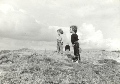 @ConcelloNigran inaugura, coa presenza dos fillos de Carlos Casares, unha exposición do escritor coma fotógrafo