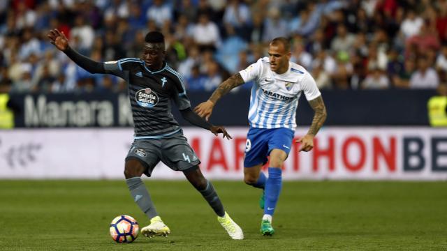 El Málaga endosa un 3-0 a un Celta que está ya centrado en ganar el Old Trafford