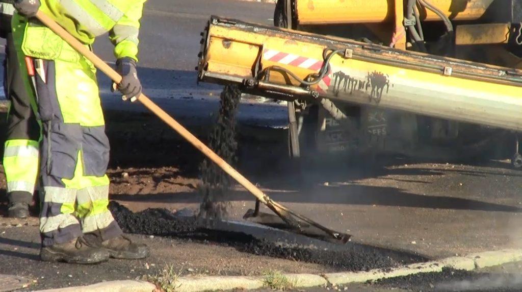 O Goberno local aproba investir 900.000€ no asfaltado e mellora de firmes no rural