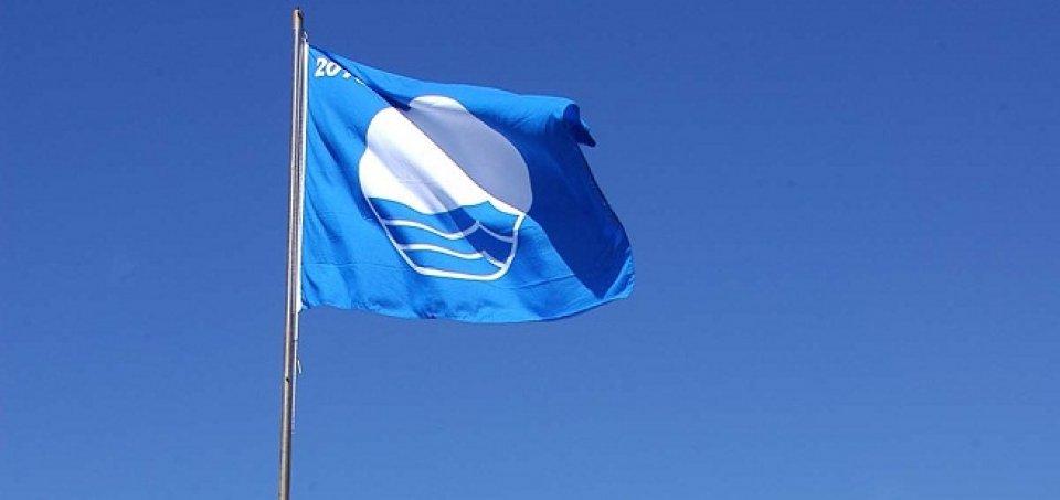18 portos galegos acadan a Bandeira Azul