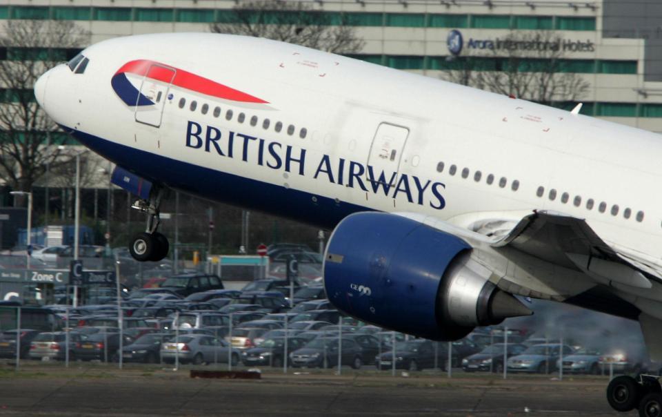 Una caída en el sistema informático de @British_ Airwais está causando retrasos a nivel mundial
