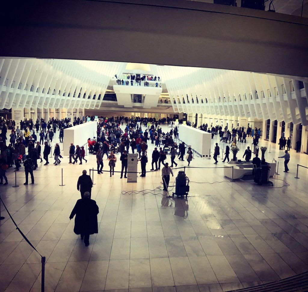 El 'Oculus', la parada de Metro del World Trade Centre creada por Calatrava, tiene goteras
